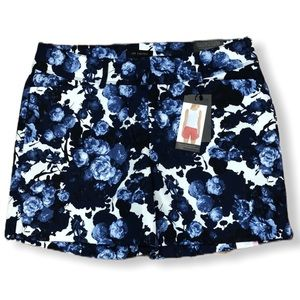 The Limited Blue Floral Tailored Short Size 6